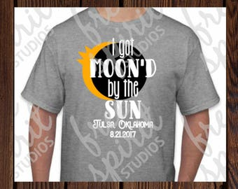 Solar Eclipse 2017 Shirt/Solar Eclipse of the Heart/Solar Eclipse/Total Eclipse Shirt/I got moon'd/Eclipse Shirt/Eclipse Party/Black Out