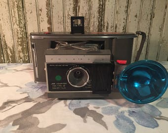 Vintage Polaroid J 66 land camera