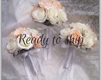 Peach bouquet, white bouquet, bridesmaids bouquet, wedding round bouquet.