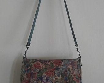 Large shoulder bag in Rethro flower design