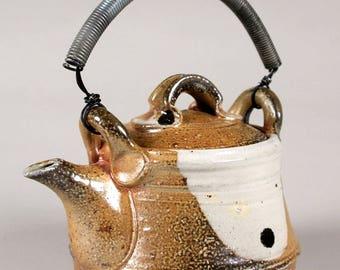 Bell Teapot WW_18_024