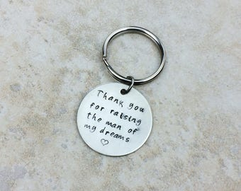 One keychain / Father of the Groom gift / Father of the Bride gift / Mother of the Groom gift / Mother of the Bride gift
