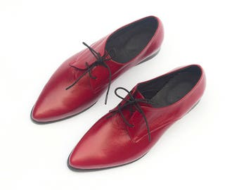 Red Leather Shoes, Red Oxford Shoes, Women Oxford Shoes, Flat Oxfords, Shiny Red Shoes, Hipster Shoes, Pointed Flats, Handmade Shoes