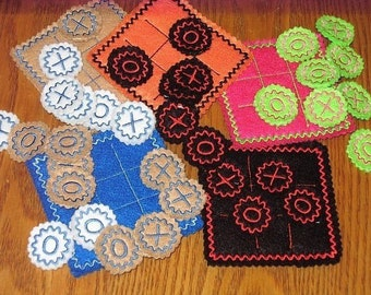 Tic Tac Toe felt Mat With Playing Pieces - eco-friendly felt - party favor game - birthday party favor - gift  #3875