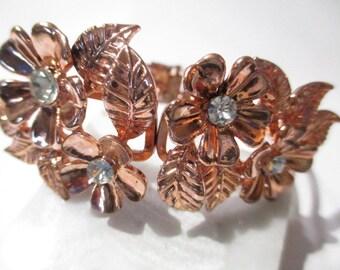 Bracelet Stylish Designer Fashion Bright Shiny Copper Tone Leaf Rhinestone Detailed Clamper
