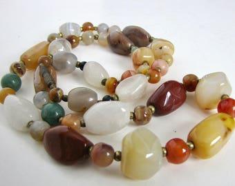 Vintage Semi-Precious Gemstone Necklace, Polished Gemstone Necklace, Agate Necklace, Polished Stone Necklace, Vintage Jewelry, Gemstone