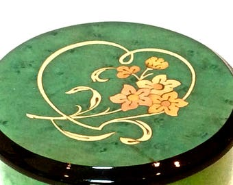 Vintage Italy Romance Music Box Lacquered Green Floral, Gift for Her Florentine Music Jewelry Box
