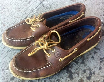 100% leather Sperry shoes womens 7us