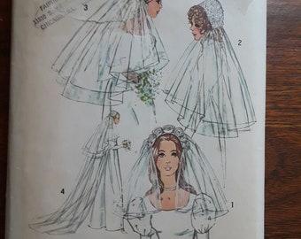 VINTAGE Simplicity 9826 Bridal Veils (1971)