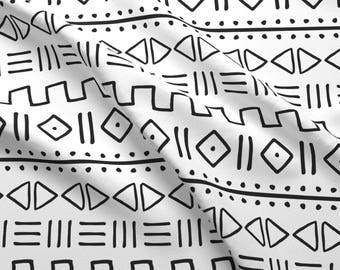 Mud-cloth Inspired Fabric - Mudcloth Charcoal On White Large Scale By Ninamubanda -  Geometric Cotton Fabric By The Yard With Spoonflower