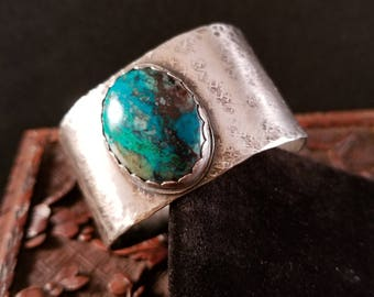Cuff Bracelet With Azurite/Chrysocolla Cabochon. Sterling Silver. Hand Cut, Formed, Hammered, Textured. Comfortable to Wear.. OOAK.