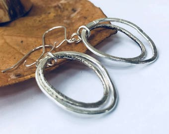 Sterling Silver Earrings Silver Circle Earrings 2 Circle Earrings Modern Silver Earrings Hammered Circle Earrings Everyday Silver Earrings