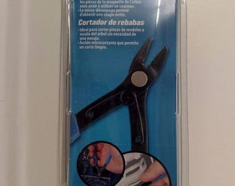 Testors 8940T - Sprue Cutter - Plastic Model Parts Cutter