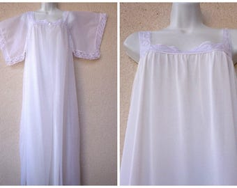 "1960s Nightgown & Peignoir Set. Bridal White Nightgown Peignoir Set. Double Chiffon Gown and Robe. 3 Layers. Lace Trim. Long Gown.  42"" Bust"