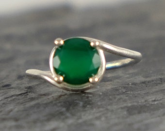 Green Onyx Engagement Ring, Green Onyx Ring, Asymmetric Ring, Sterling Silver ring, Green Onyx Jewelry, Green Gemstone Ring - MADE TO ORDER