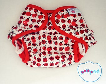 puppee pul diaper cover size M ladybird snaps with ruffle on the bottom