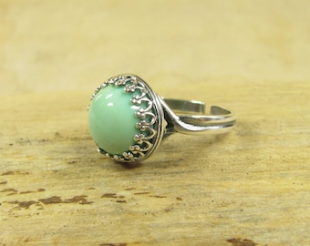 Silver plated ring MINZJUWEL ring silver plated Crown replaced with high-quality, adjustable, glass cabochon around Mint light green pastel green