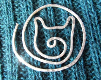 Kitty Cat Pin Spiral Brooch for Shawls, Sweaters, Scarves, Jackets, Wraps, Cat Pin, Shawl Pin, Knitted Shawl Pin