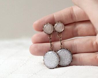 Boho Wedding earrings, , Beige earrings, Boho wedding jewelry, Botanical earrings, Boho jewelry, bridesmaids earrings