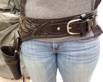 "Gun Holster ,Belt ,Tooled Leather,waist 39""-43"", 44,45 Caliber Gun ,Black Leather"