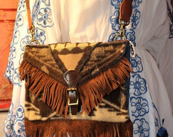 Spirit of the peoples Hand bag Swen with Genuine Pendleton wool and lined with denium leather buckles and adjustable strap