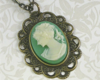 Vintage-Style Cameo Necklace - Jade Green