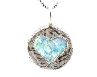 Heart necklace pendant, hammered silver with roman glass