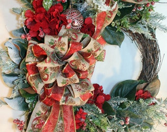 Luxury Christmas Wreath, Christmas Wreaths for front door, Holiday Magnolia Wreath, Rustic Christmas Wreath, Elegant Holiday Wreath,