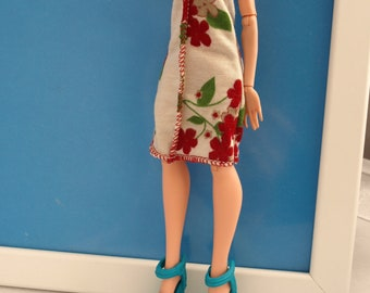 Free shipping! Dress for Ever After High doll , stretch.