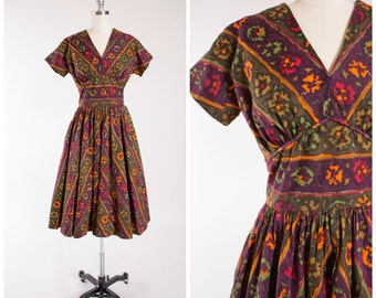 50s Vintage Dress • Beyond a Doubt • Bold Floral Print Cotton Vintage 1950s Day Dress Size Medium