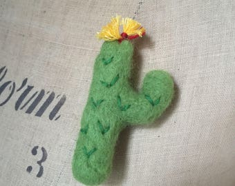 Needle Felted Cactus Cacti Brooch Pin Badge Green