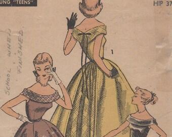Bust 34-1953 Teen Age Evening Dress Advance 6603 Size 16 Waist 28 Hip 37
