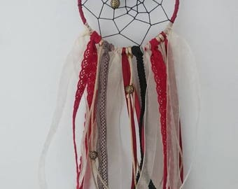 Dream catcher in the colors of Christmas