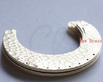 4pcs Raw Brass Hammered Crescent Link - Geometry - 61x45mm (3081C-M-316)