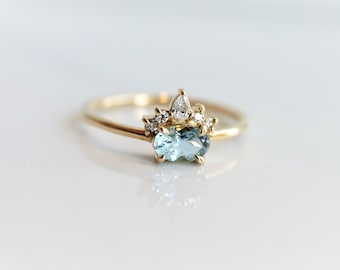 Olina - Oval Aquamarine 14k or 18k , Aquamarine Crown Ring, VS Diamond Aquamarine Ring, Unique Aquamarine Engagement Ring, March Birthstone