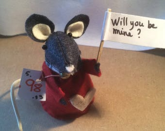 Sweet messenger mouse