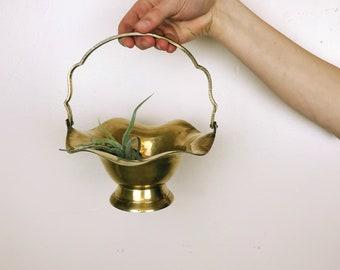 Vintage Brass Basket// Brass Basket// Easter Decor// Brass// Basket// Easter