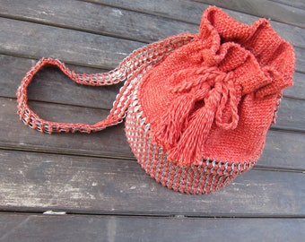 Red Mochila Bag, Crochet Bag, Bohemian Bag, Hand-knitted Bag, Large Crossbody Bag, Sustainable Design, Unique Mochila, Beach Bag, Zero Waste