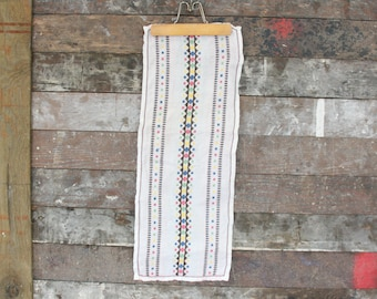 Vintage Hand Embroidered  Linen Table Runner ~ Dresser Scarf ~ Linen Table Runner ~ Small Table Cloth ~ Embroidery Linen Table Runner
