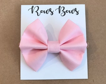 Solid light pink hair bow - Infant / Toddler - Nylon Headband / Clip