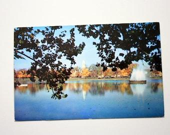 Richmond Virginia Postcard - Fountain Lake Byrd Park postcard, vintage Richmond postcard, fountain postcard, Plastichrome P23591