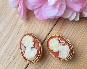 Earrings clip VINTAGE manufacturing SPHINX - cameo