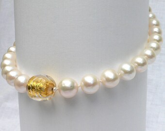 South Sea Pearl necklace, bead 24 ct. 50 cm, 33 beads NP 4850,00 expertise