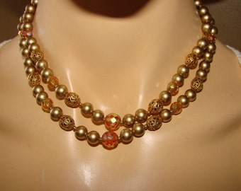 1950's double strand classic beaded necklace.  Lovely mid century bib necklace perfect with any outfit or occasion.
