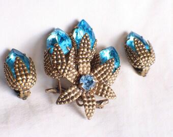 vintage Germany RHINESTONE DEMI PARURE blue earrings pin brooch set Floral