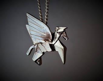 Licorne, collier Licorne, bijoux cheval, Pégase, bijoux origami, bijoux géométrique, bijoux minimaliste, animal en origami, cheval