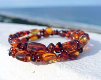Baltic Amber Beaded Bracelet, Amber Memory Wire Bracelet, Cognac Amber, Baltic Amber Jewelry, Brown Red Amber Stone Bracelet, Bohemian Style