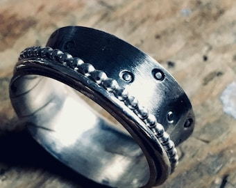 Meditation ring, Polkadot Anxiety Ring, spinner ring. fiddle ring, textured worry ring, narrow spinner ring, oxidized stress ring, size 7.5