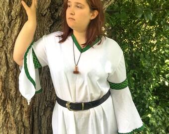 Viking Wedding Underdress - Undergown - V Neckline - Wedding Gown - Bridesmaid Gown - Hangerok - Norse Dress - Made to Order