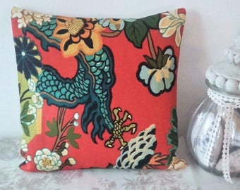 Cushion cover linen Dragon claw Schumacher 45 x 45 cm Chinoiserie design